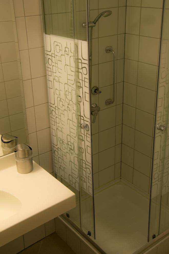 Szobák - Fürdőszoba A épület